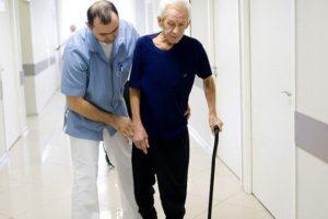 В процессе реабилитации человеку потребуется помощь врачей и близких