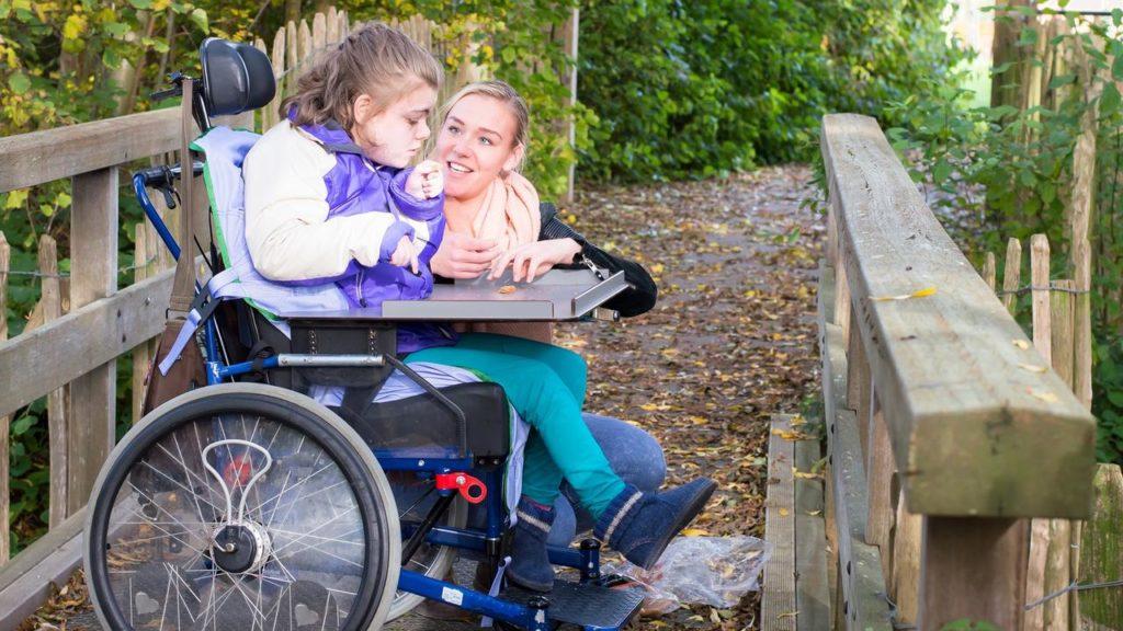 Пенсия по инвалидности: полезная информация от критериев до расчетов