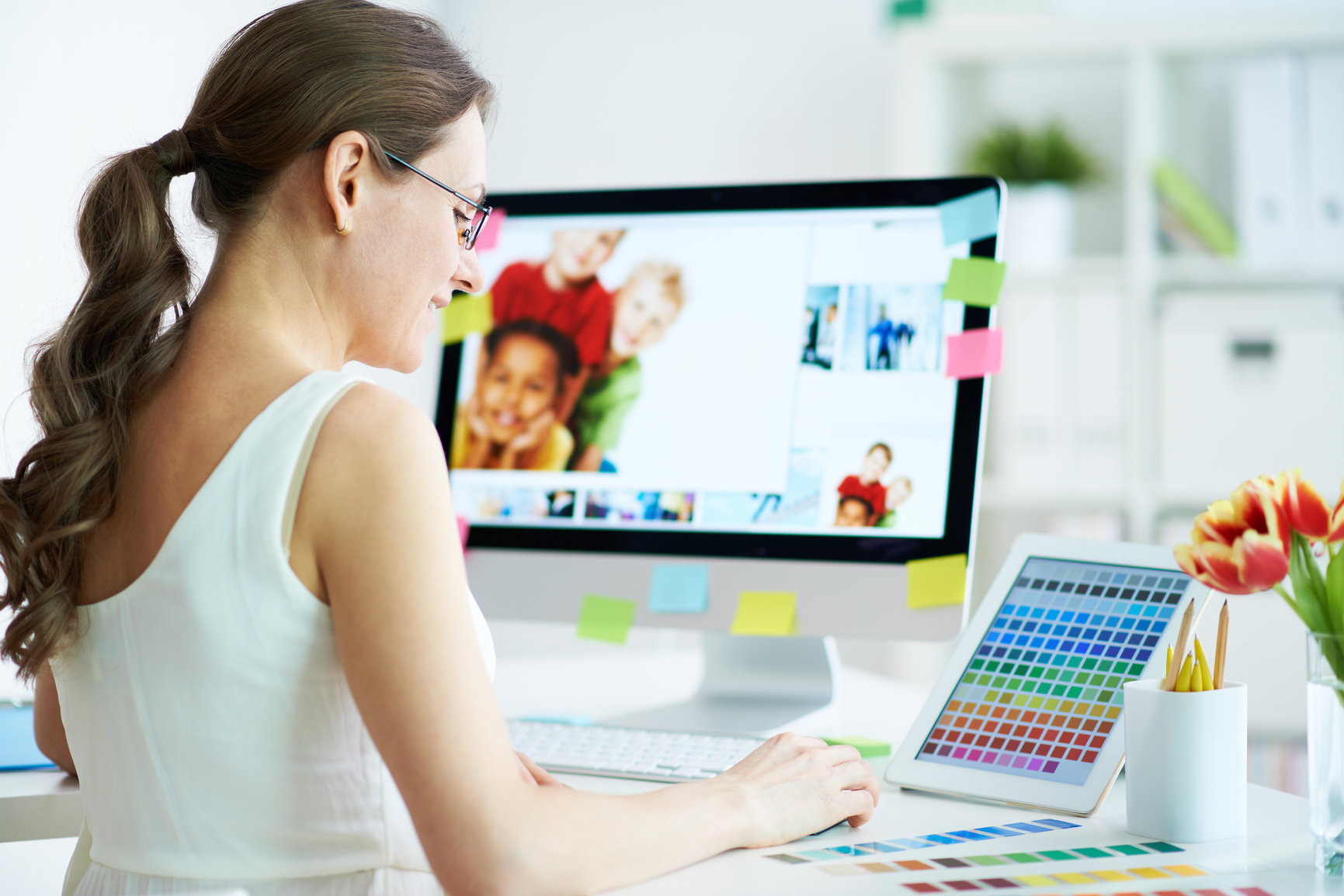 Для продвинутых пользователей всегда есть возможность заняться ВЭБ дизайном и программированием. Такие сотрудники сейчас очень востребованы