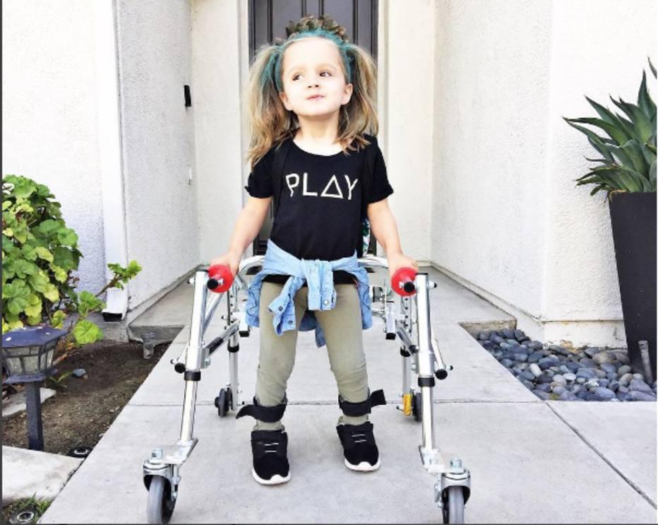 Если этим не заниматься, ребенок будет страдать не только от двигательных, но и от психических и умственных нарушений