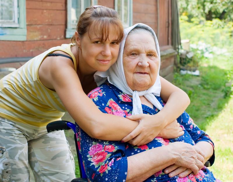 Заявление в суд могут подать только родные инвалида или сотрудники госучреждения