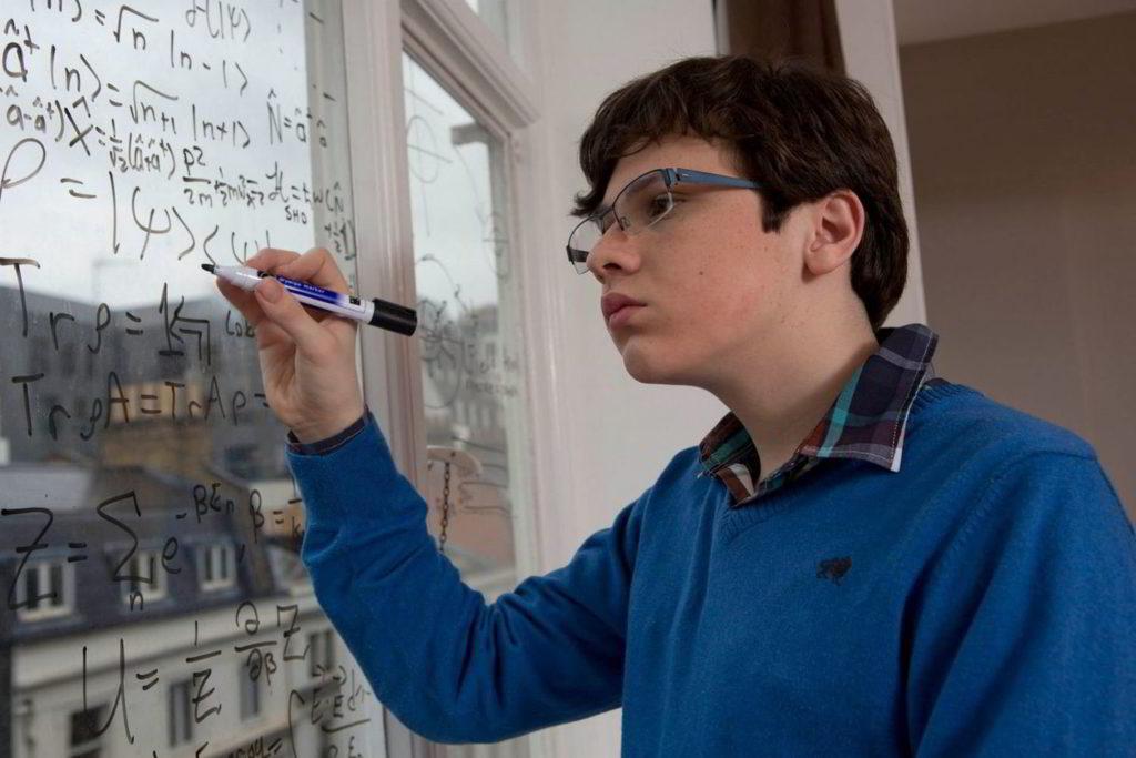 Больным аутизмом дали право на дополнительную жилплощадь