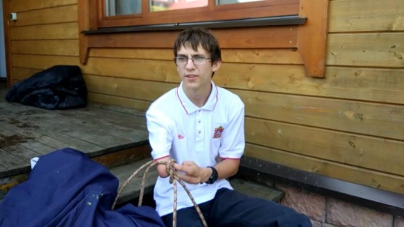 Николай Дейкин: покорил Эверест без ног и одной руки